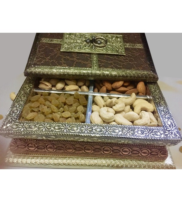 Dryfruits Wooden Gift 725